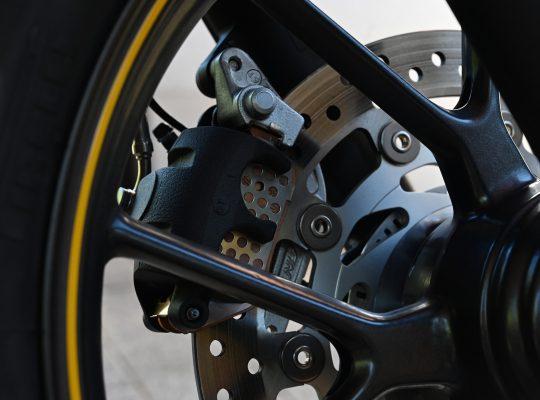 pneu-frein
